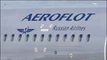 Russe verliert Bonusmeilen nach Flugzeug-Schummelei mit zu dickem Kater