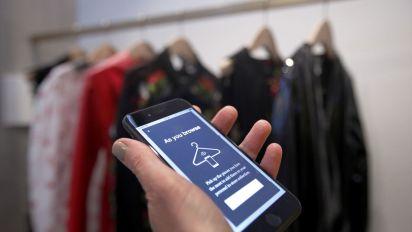 Luxury e-tailer Farfetch's IPO raises $885 million