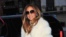 Jennifer Lopez wore fur coat during labour