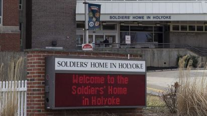 Staff says veterans' home with outbreak failed them