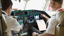 Ask the Expert: What would you ask an airline pilot?