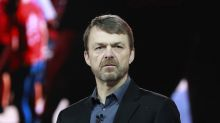 Fiat Chrysler chooses Jeep exec Manley to replace ailing CEO