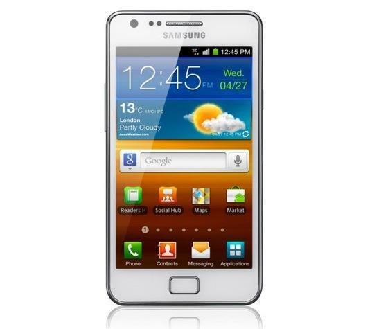 White Galaxy S II lands at Vodafone, ignores post-Labor Day etiquette