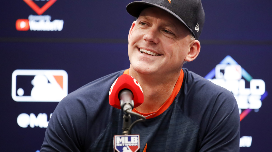 Back in the game! Tigers hire Hinch as manager