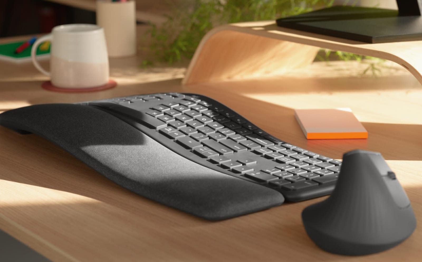 Logitech's K860 split ergonomic keyboard is heaven for your wrists ...