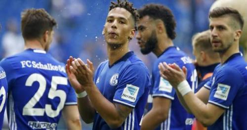 Foot - ALL - Schalke - La magnifique communion entre les joueurs de Schalke 04 et leurs supporters