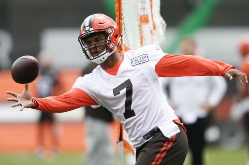Browns rookie quarterback DeShone Kizer at a recent OTA practice. (AP)
