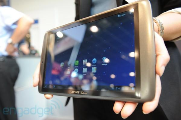 Archos 80 G9 and 101 G9 hands-on (video)