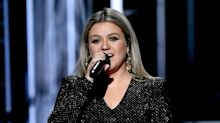 5 things to know this morning: Kelly Clarkson's school shooting plea, Chrissy Teigen's baby pic, and the latest royal wedding news