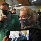 Court orders to jail Navalny for 30 days, spokeswoman says