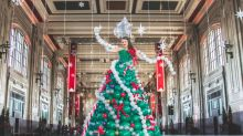 Woman Makes Christmas Tree Dress Out of 590 Balloons