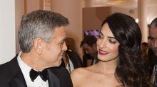 George y Amal Clooney despliegan su embarazo