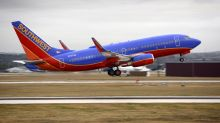 Southwest pilot turns plane around after passenger reportedly bleeds from ears over pressure