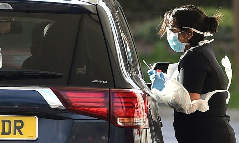 Up to 40% of people do not get coronavirus symptoms, expert says