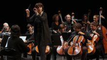 """""""Nous pouvons peut-être faire évoluer tout cela ensemble"""" : à la Philharmonie, le concours de cheffes d'orchestre La Maestra veut promouvoir les talents féminins"""
