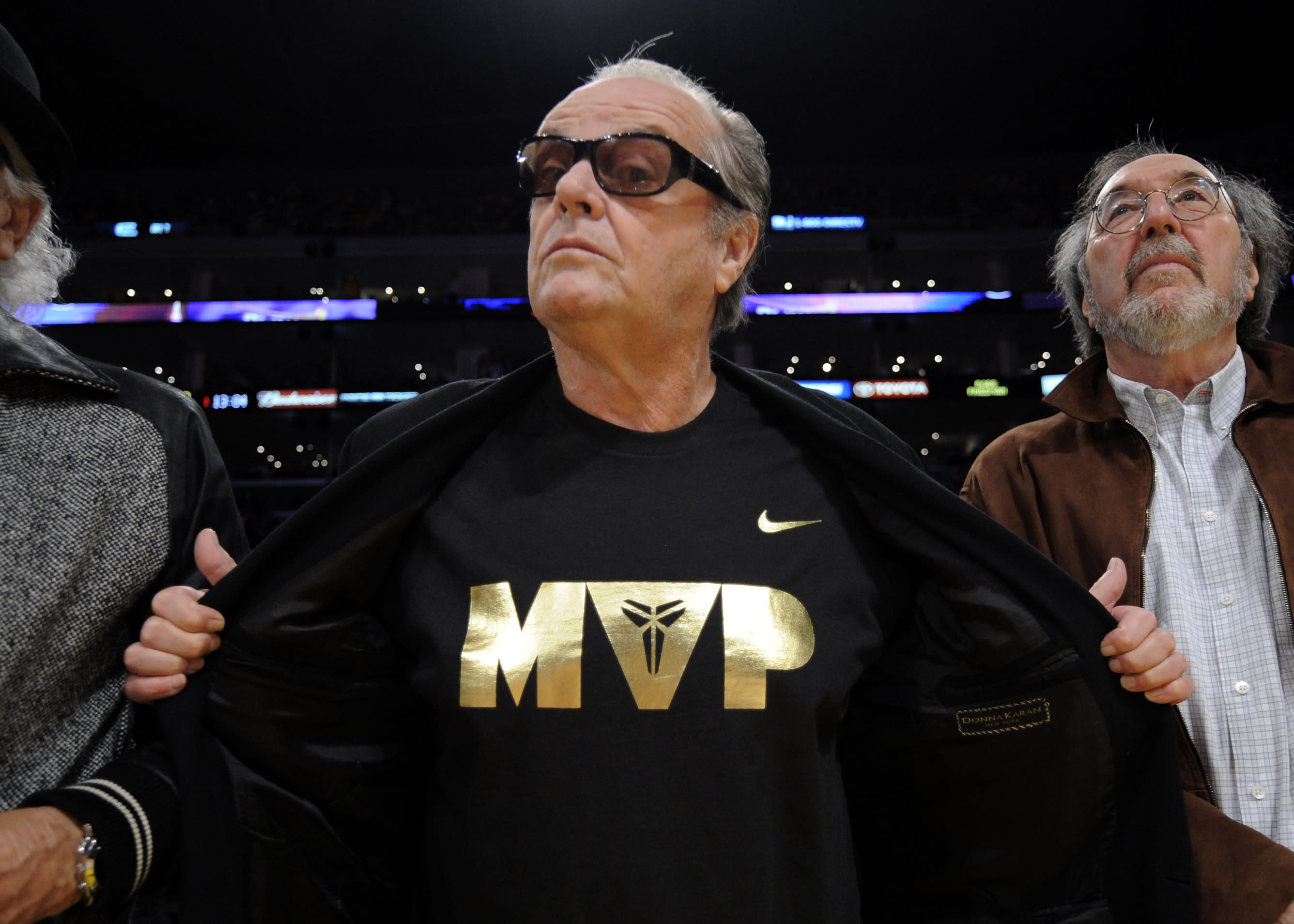 Lakers fan Jack Nicholson pays tribute to 'so talented' Kobe Bryant in rare interview