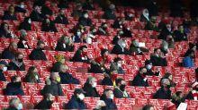 Después de 9 meses, hinchas vuelven a estadios en Inglaterra