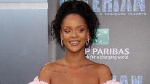 Frisuren-Überraschung: Rihanna trägt jetzt blaue Haare