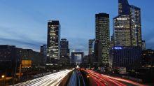 European stocks tumble despite $1.9tn US stimulus plan