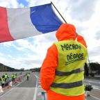 Macron to meet unions, address nation seeking to end 'yellow vest' crisis