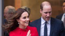Kate Middleton luce una bata de maternidad muy chic