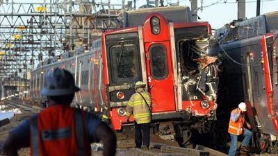 Probe Begins After Conn. Commuter Trains Crash