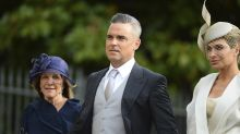 Robbie Williams: Tochter als Blumenmädchen sorgt für Heiterkeit
