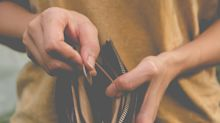 Confusion over money could be an early sign of dementia, new research suggests