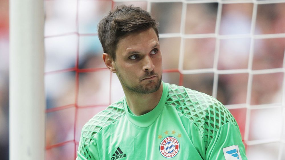 Bayern keeper Ulreich fulfils dying boy's wish