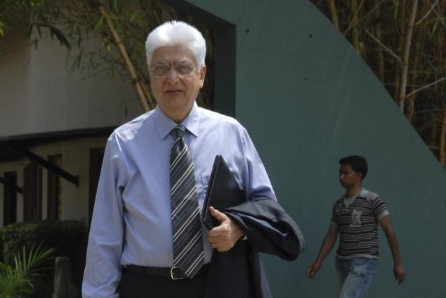 Azim Premji, Chairman of Wipro, during press conference on 4th Quarter result at Wipro head quarter in Bangalore, April 1, 2009.