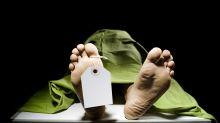 'Resucita' en la morgue tras 'morir' de coma etílico y se va de fiesta para seguir bebiendo