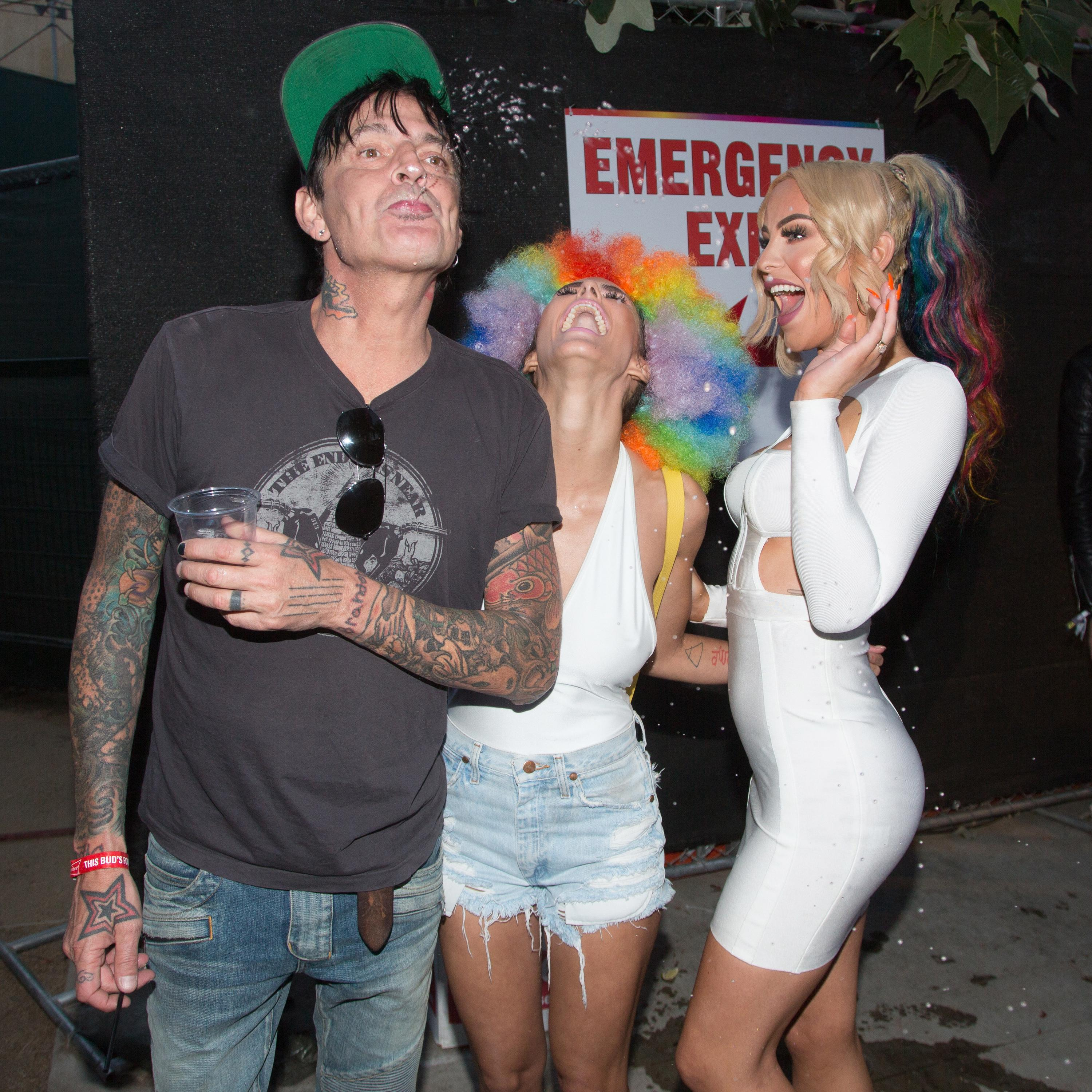 Tommy Lee- age, net worth, married, divorce, wife |Tommy Lees Parents
