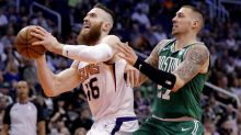 Baynes' Suns lose to NBA-leading Celtics