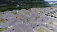 Uber built a fake city in Pittsburgh with roaming mannequins to test its self-driving cars
