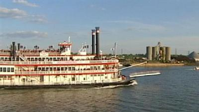 Great Steamboat Race Ready After 2-Month Delay