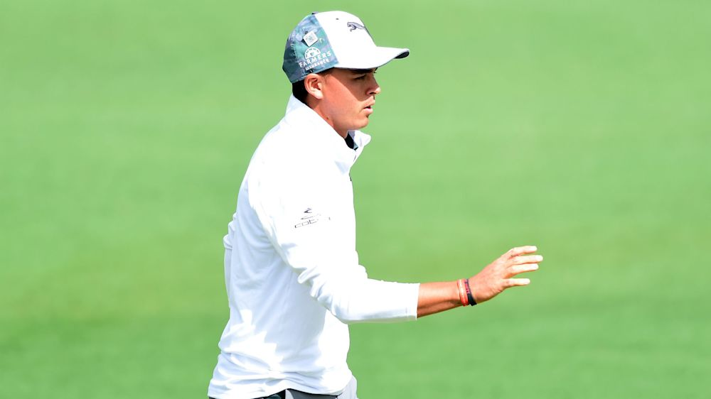 Fowler comfortable as winds make life tough at Augusta