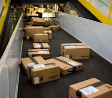 Amazon Workers in Memphis Are Spooked as Virus Rages in South