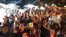 Mulheres protestam contra estupro em Ilha Grande