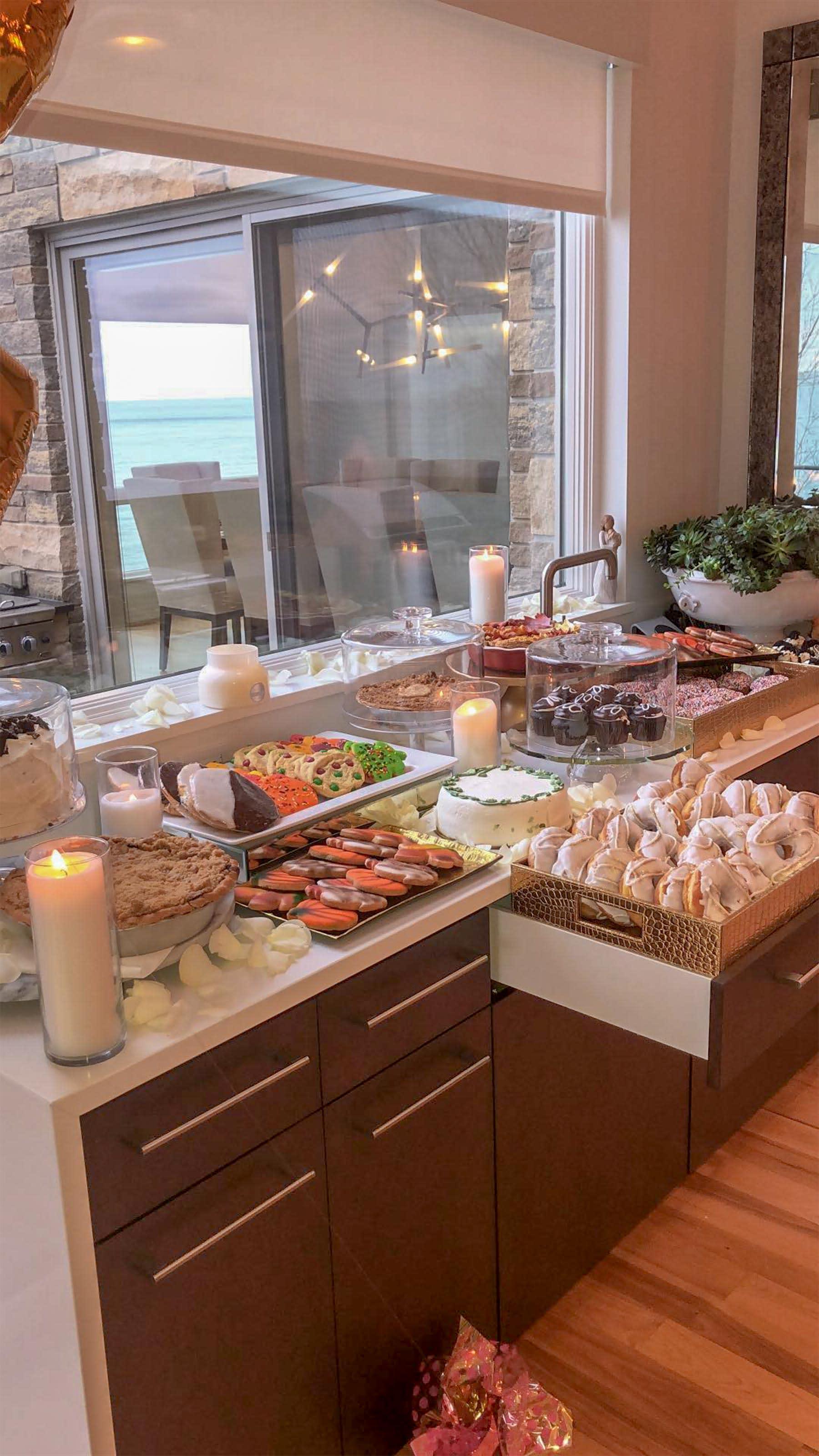 Kardashian Thanksgiving Recipes And Decorating Tips: Khloé Kardashian Spends Thanksgiving With Tristan Thompson