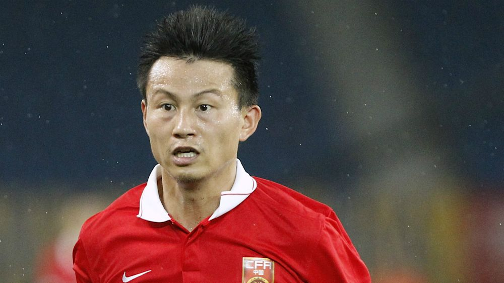 Outrageous refereeing blunder sees Chinese team play with TWELVE players