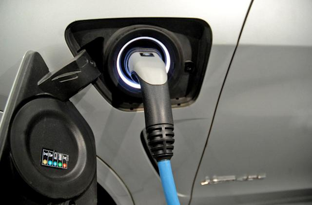 BMW partnership will develop solid-state EV batteries