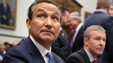 Tense earnings call caps rocky six months for United CEO Munoz