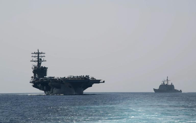 在对伊朗的制裁威胁下,美国航母进入海湾