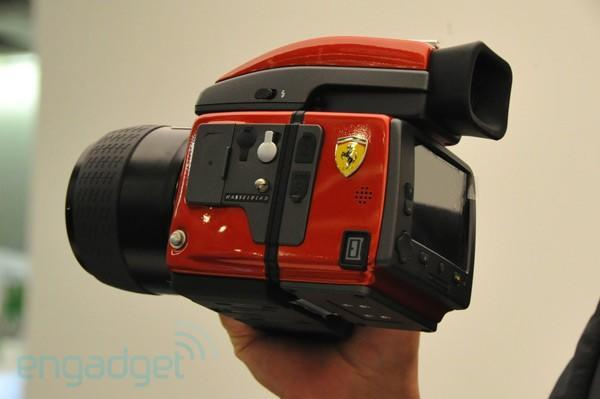 Hasselblad intros Ferrari-branded H4D camera, refuses to talk pricing (hands-on)
