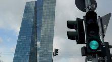 Expertos consultados por el BCE mantienen los pronósticos hasta 2022
