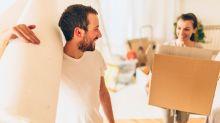 La táctica (no sexual) para evitar que tu pareja se convierta en compañero de piso
