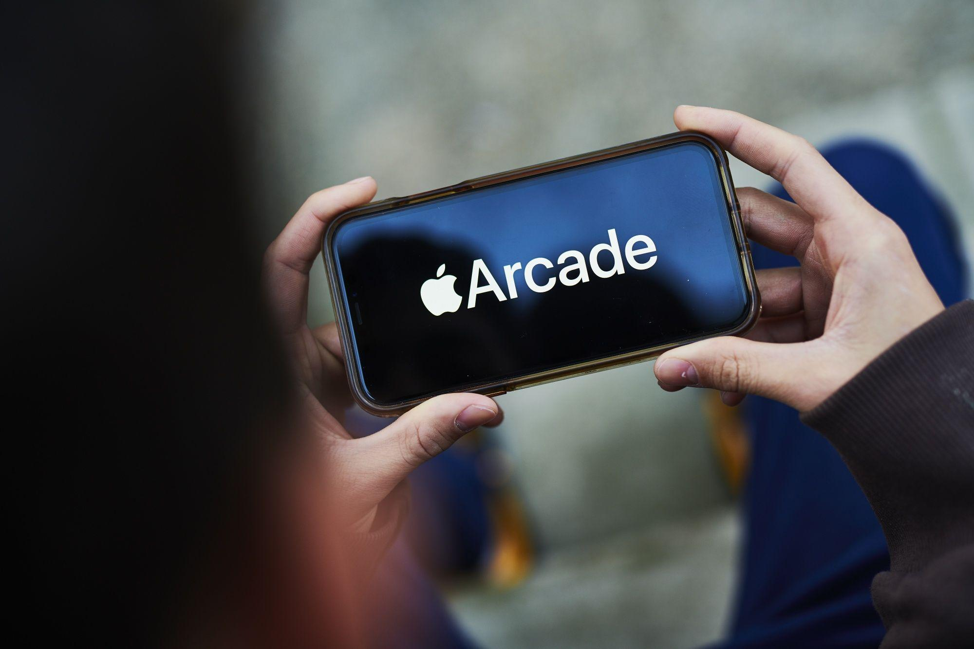 Apple Cancels Some Arcade Games in Strategy Shift To Keep Subscribers