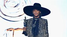 CFDA Awards Red Carpet: Beyoncé, the Olsen Trio, Olivia Wilde's Baby Bump, and More