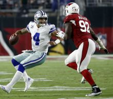 Dak Prescott continues to make the Cowboys his team in nice road win