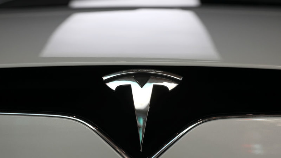 Tesla signs agreement in Shanghai for factory site